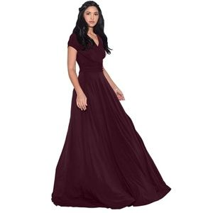 Dresses - Sexy Cap Short Sleeve V-Neck Flowy Cocktail Gown